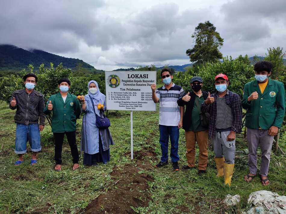 Dosen FMIPA USU Aplikasikan Biopestisida Daun Eucalyptus untuk Tanaman Jeruk