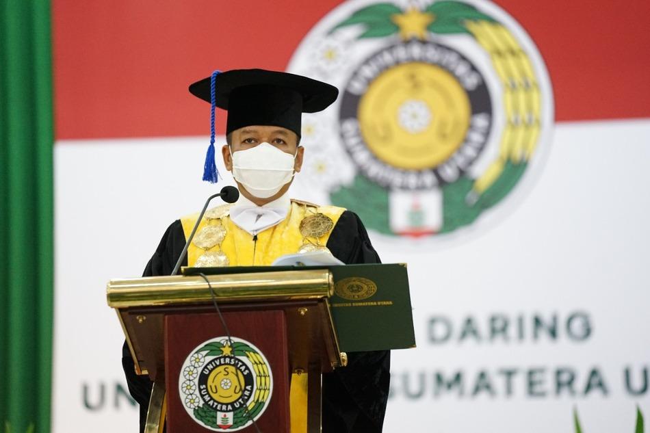 Lantik 2.208 Wisudawan Rektor USU Berharap Lulusan Dapat Menjadi The Next high Level Generation pada Era Digital